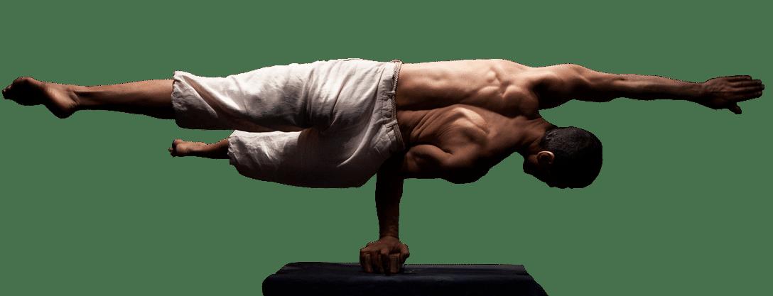 Laurent Bienaimé équilibre une main